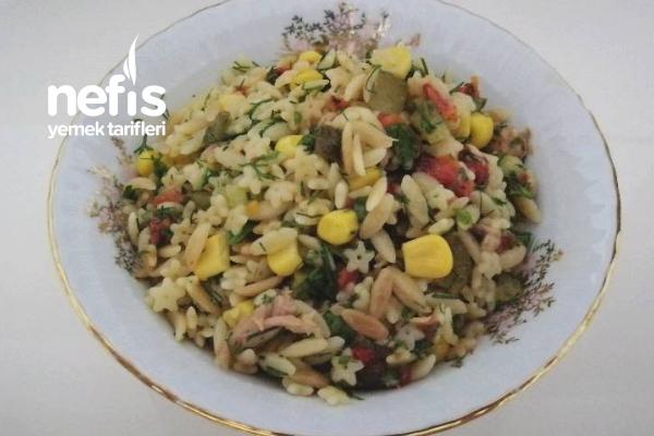 Ton Balıklı Arpa Şehriye Salatası Tarifi