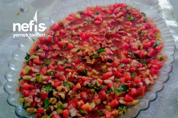 Kaşık Salata (Gavurdağ Salatası) Tarifi