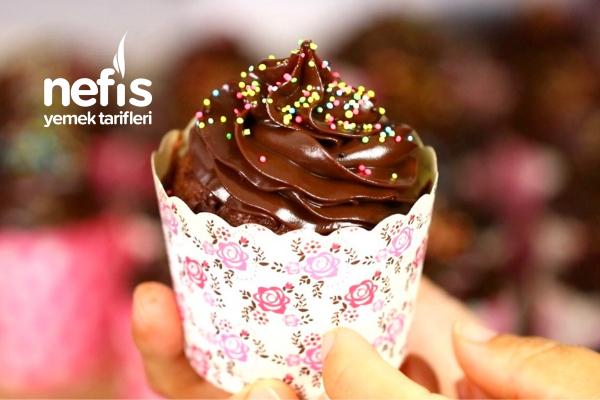 Çikolatalı Pamuk Cupcake (Çok Lezzetli) (Videolu) Tarifi