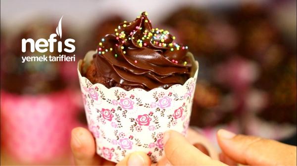 Çikolatalı Pamuk Cupcake ( Çok Lezzetli )