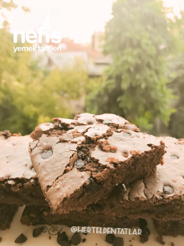 Çikolatalı Çatlak Browni (orjinal Tarif)