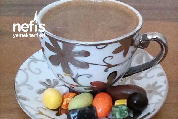 Sütlü Az Tarçınlı Türk Kahvesi Tarifi
