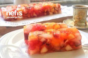 Çilek Jöleli Meyve Salatası Tarifi