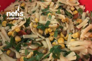 Erişte Makarna Salatası Tarifi