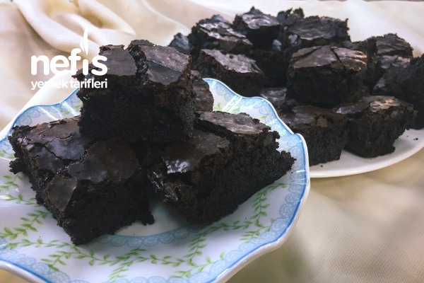 Orijinal Brownie Tarifi (Yapım Aşamalı)