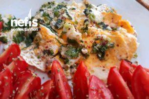 Kahvaltılık Sebzeli Omlet Tarifi
