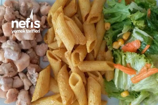 Kremalı Tavuk, Körili Makarna, Salata Tarifi
