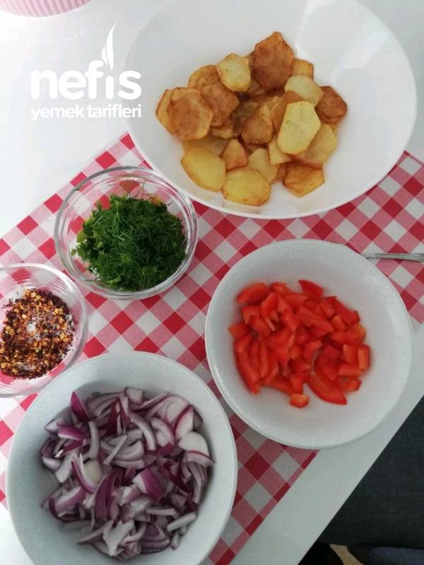 Patates Kizartmasi Salatasi