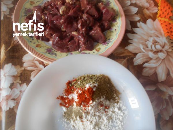 Baharatlı Tavuk Ciğerinden Arnavut Ciğeri