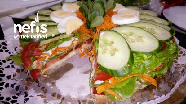 Salata (pasta Görünümlü)