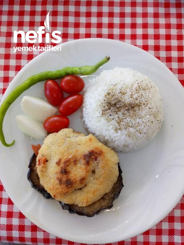 Beșamel Soslu Patlıcan Dilimi