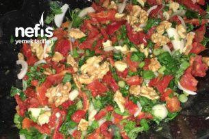 Nefis Kuru Domates Salatası Tarifi