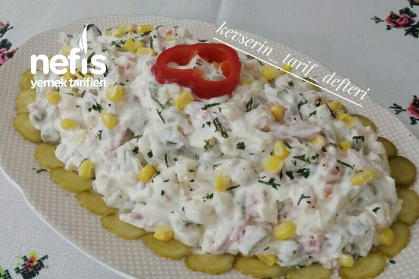 Enfes İtalyan Salatası Tarifi