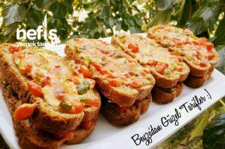 5 Dakikada Sebzeli Ekmek Dilimleri Tarifi