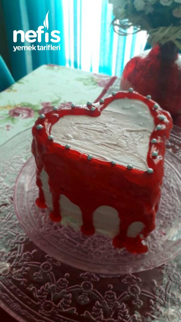 Kalpli Orman Meyveli Yaş Pasta