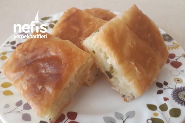 60 Yufkadan Peynirli Börek ( Tadına Bayılacaksınız) Tarifi