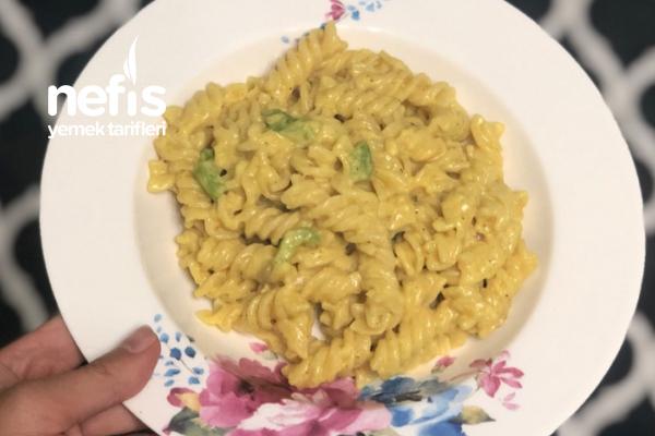 Curry Soslu Makarna Tarifi