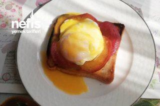 Egg Benedict Tarifi