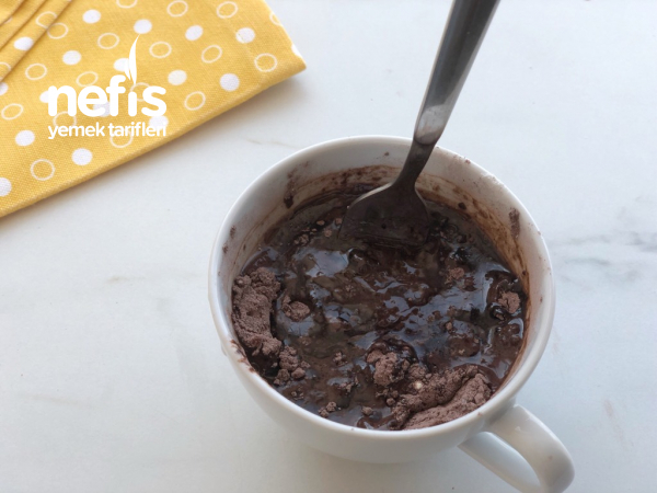 1 Dakikada Brownie (Yumurtasız)