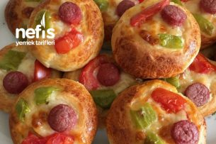 Sosisli Nefis Pizza Poğaça Tarifi