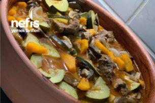 Güveçde Etli Sebzeli Yemek Tarifi