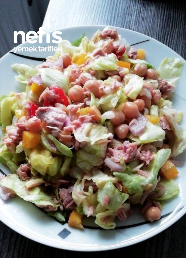 Nefis Nohutlu Ton Balikli Salata