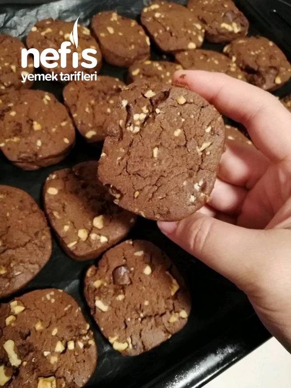 Çikolatalı, Fındıklı Ve Cevizli Kurabiye