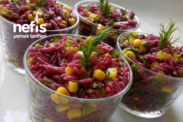 Mor Pirinç Salatası Tarifi