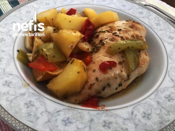 Sebzeli Sarımsaklı Fırında Tavuk