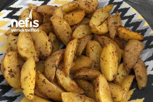 Fırında Baharatlı Patates (Elma Dilimi) Tarifi