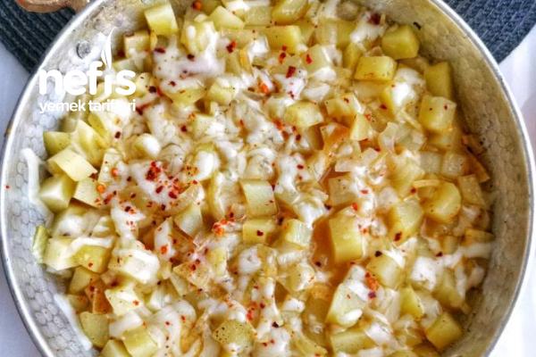 Peynirli Soğanlı Patates Tava Tarifi