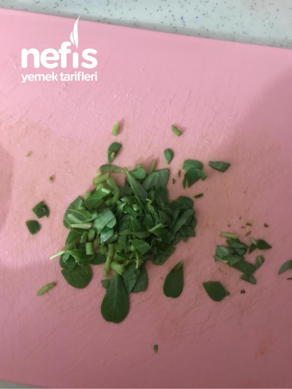 Yoğurtlu Semiz Otu Salatası(yaz Aylarına Özel)