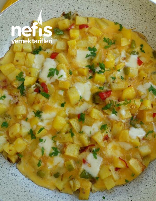 Beyaz Peynirli Patatesli Omlet