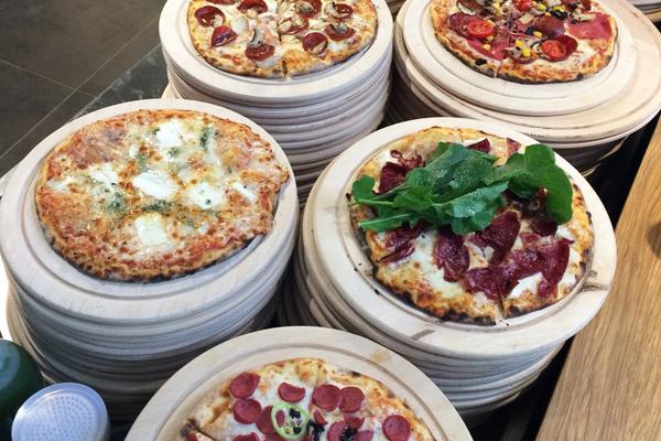 pizza locale fiyatları