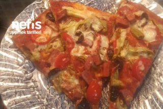 Tepsi Pizza (Tüm Aileye) Tarifi