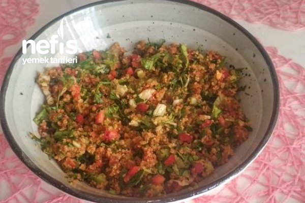 Kısır (Bol Malzeme Bol Yeşillik) Tarifi