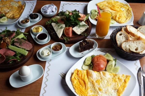 galata kulesi kahvaltı