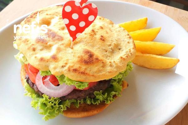 Nohut Unu Ekmeği İle Burger Tarifi