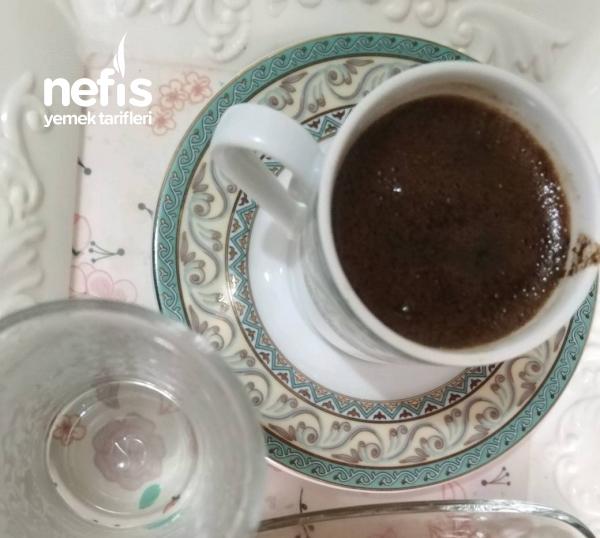 Sodalı Damla Sakızlı Türk Kahvesi