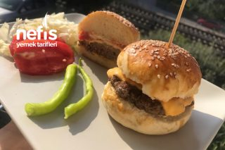 Ev Yapımı Sağlıklı Hamburger Tarifi