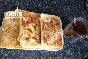 Yufka Ekmeğinden Mis Gibi Peynirli Yumurtalı Börek (Tost Makinesinde) Tarifi