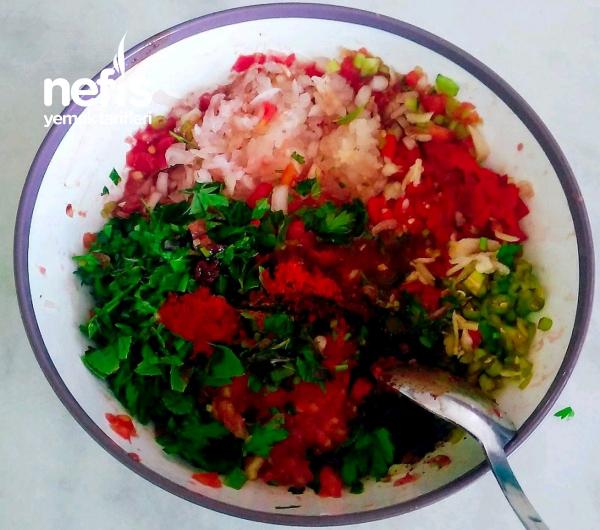 Acılı Ezme Salata(lokanta usulü)