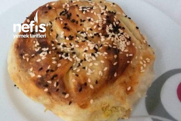 Gül Böreği (Kabaklı) Tarifi