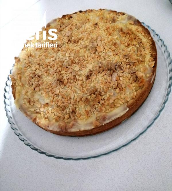 Kremalı Elmalı Tart