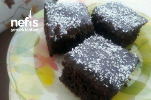 Pratik Çikolata Soslu Kek Tarifi