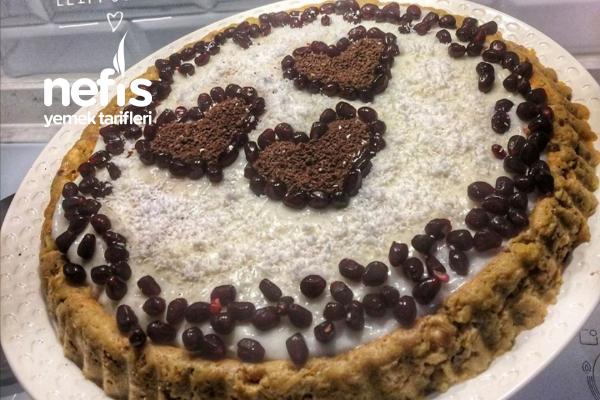 Acele Misafirlik Elmalı Fırınsız Pratik Pasta Tarifi