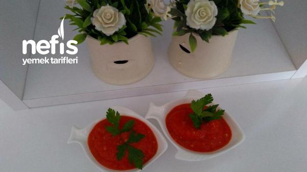 Közlenmiş Kırmızı Biber , Patlıcan Ve Domates Sos Tarifi