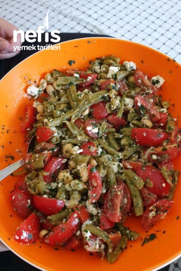 Yer Fıstıklı Fasülye Salatası