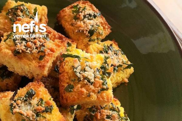 Çifte Fırınlamış Parmesanlı Mısır Ekmeği Tarifi