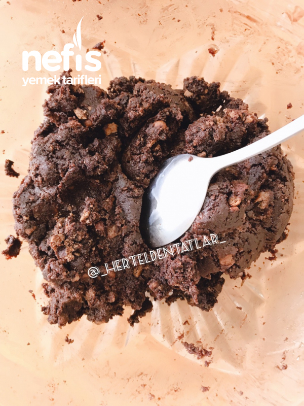 Az Malzemeli Sadece 10 Dk Pişmeyen Bol Çikolatalı Pasta Bar